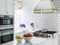 7. Metro Small Kitchen Tile Designing Ideas
