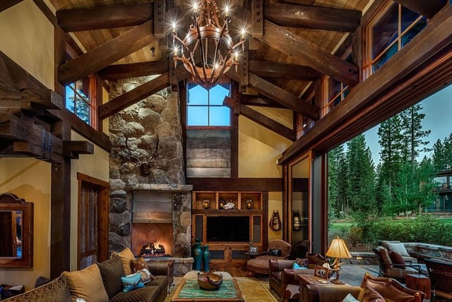 Large Rustic Living Room